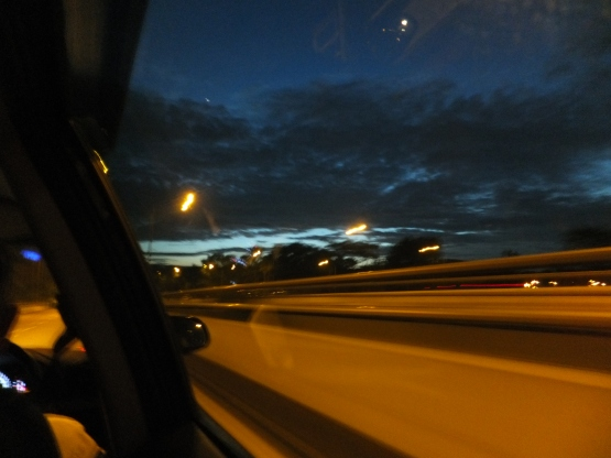 Sunrise at 6.22am on 4Nov12