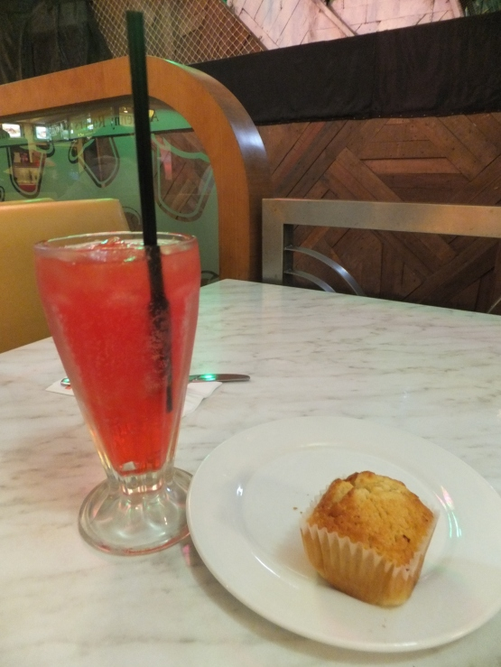 1st Day Dinner at Kenny Rogers Jewel Treasure & vanilla muffin