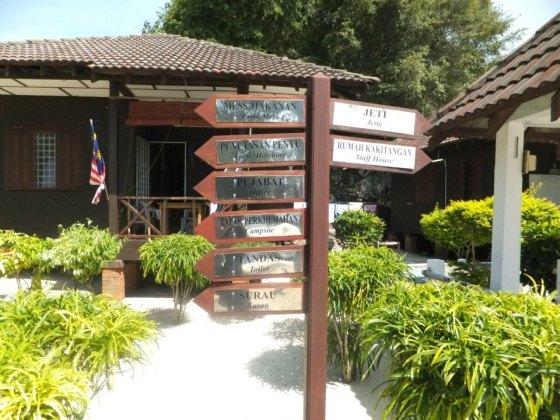 Pulau Redang Signboards