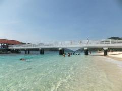 Pulau Redang Water that shines like a Diamond with Jetty in sight