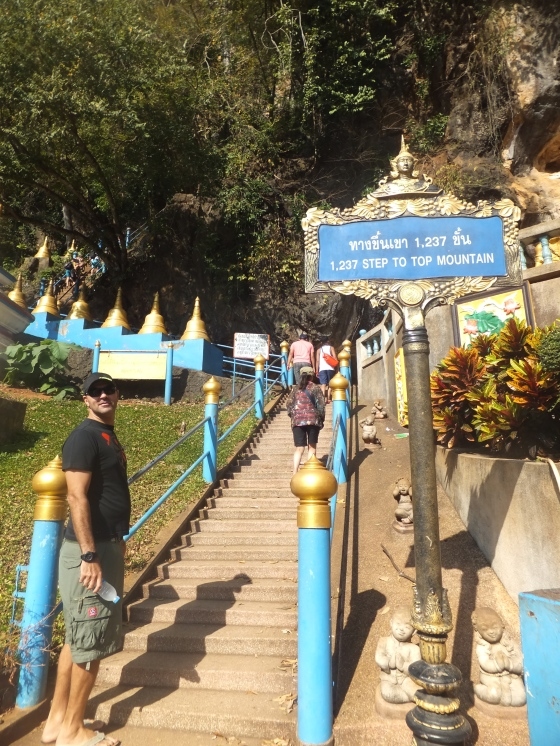 Krabi The Tiger Cave Temple - The Starting Point of 1237 Steps