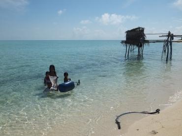 Explore Sabah, Mantabuan Island, Semporna 2014 – Bajau Laut aka Sea Gypsies Children