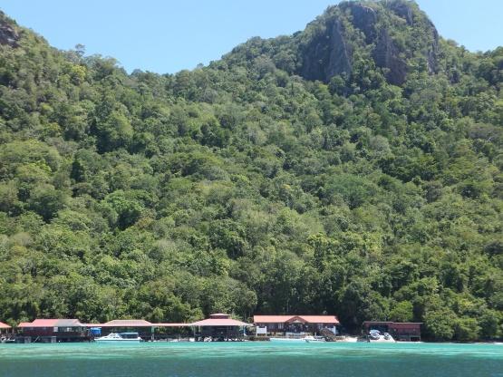 Explore Sabah Day 19: Bohey Dulang, Semporna - Front View