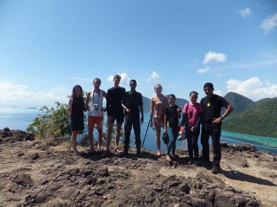 Explore Sabah Day 19: Bohey Dulang, Semporna - Bohey Dulang Incomplete Group Photo