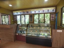 Raju's Hill Strawberry Farm - Strawberry Cafe