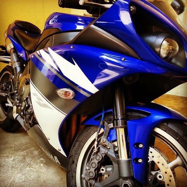 Wan Lia Schmolphin Yamaha R1 2009