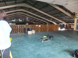 PADI Discover Scuba Diving (DSD) in Tunku Abdul Rahman Park, Sabah getting ready