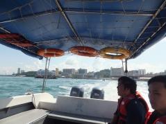 PADI Discover Scuba Diving (DSD) in Tunku Abdul Rahman Park, Sabah Leaving for destination getting further